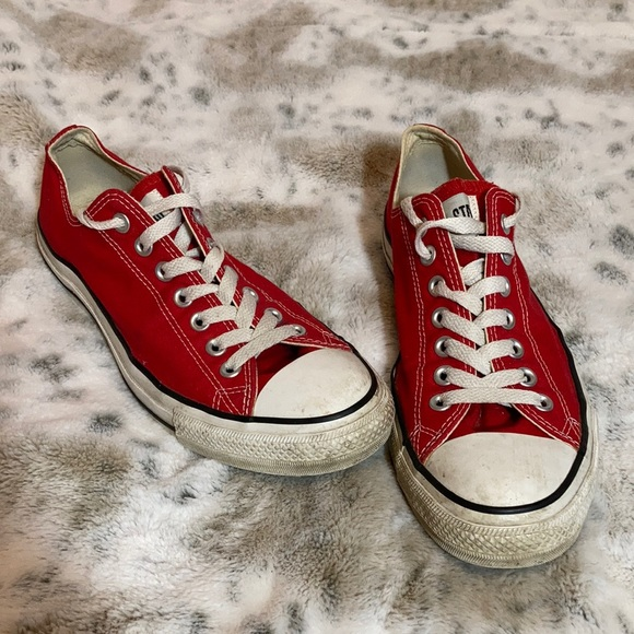 Red converse all star size 9 men's